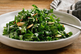 Lemon garlic kale salad