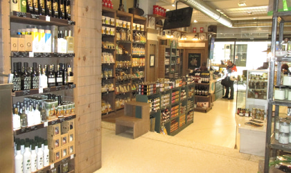 Yoleni's shop in Athens